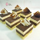 Mini Black & White Mousse cake