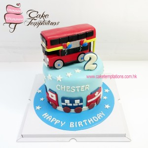 Mini London bus and train cake