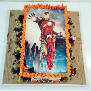 Photo-Printed IronMan 2D Cake