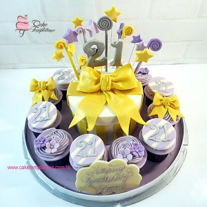 21st Birthday Celebrations cupcake set