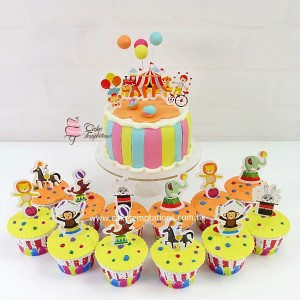 Circus themed cupcake set
