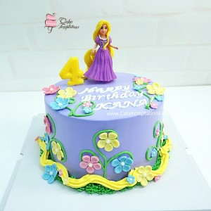 Mini Repunzel princess cake