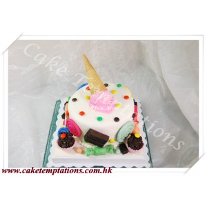 Ice cream & Candy Cake