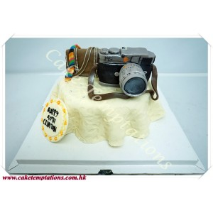 Mini Leica MS Camera Cake