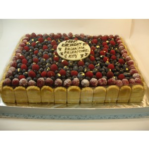 Blueberry Cheese Cake topped with Blueberry & Raspberry