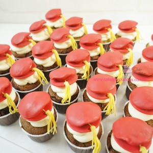 Doctor hat Cup Cake
